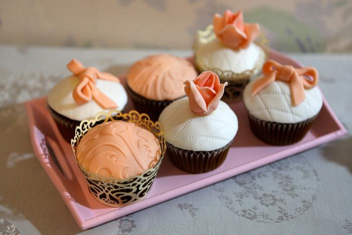 cupcakes peach